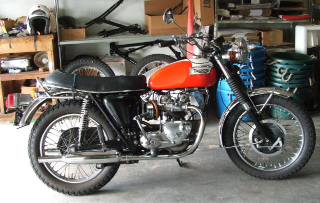 3 Wire Plug Wiring Diagram Usa likewise 1968 Triumph Tiger 650 Tr6r together with 97 4001 Fork Seal Kits Conical Disc likewise Triumph Bonneville Wiring Diagram besides T90 Wiring Diagram. on triumph t100r wiring